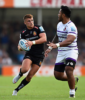 Henry Slade of Exeter Chiefs goes on the attack. Gallagher Premiership match, between Exeter Chiefs and Leicester Tigers on September 1, 2018 at Sandy Park in Exeter, England. Photo by: Patrick Khachfe / JMP
