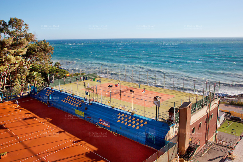 Italy. Liguria Region. Ospedaletti. Tennis court near the Mediterranean Sea. Ospedaletti  is a comune (municipality) in the Province of Imperia. 2.11.12 © 2012 Didier Ruef