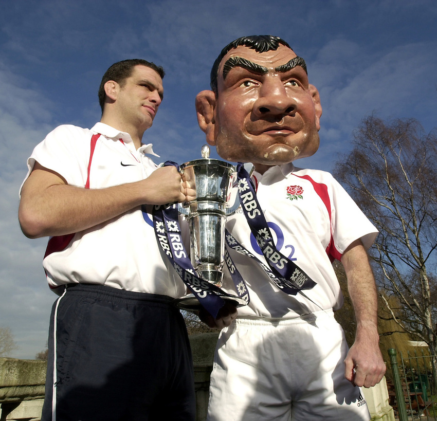 Photo. Richard Lane. .RBS Six Nations Launch, 2003. Hyde Park London. 05/02/2003.Martin Johnson with his characture.