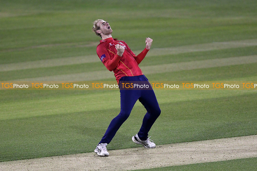 Paul Walter of Essex claims the wicket of Jofra Archer during Essex Eagles vs Sussex Sharks, Royal London One-Day Cup Cricket at The Cloudfm County Ground on 10th May 2017