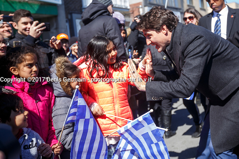 Le premier ministre Justin Trudeau participe au defile du jour de l&rsquo;independance grecque, dimanche 25 mars 2018<br /> <br /> PHOTO : Agence Quebec Presse <br /> <br /> <br /> <br /> <br /> <br /> <br /> <br /> PHOTO :   Agence Quebec Presse