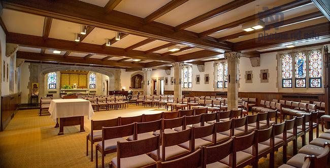 Feb. 11, 2015; Dillon Hall chapel prior to 2015 renovation. (Photo by Barbara Johnston/University of Notre Dame)