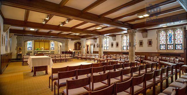 Feb. 11, 2015; Dillon Hall chapel prior to 2015 renovation. (Photo by Barbara Johnston/University of Notre Dame)