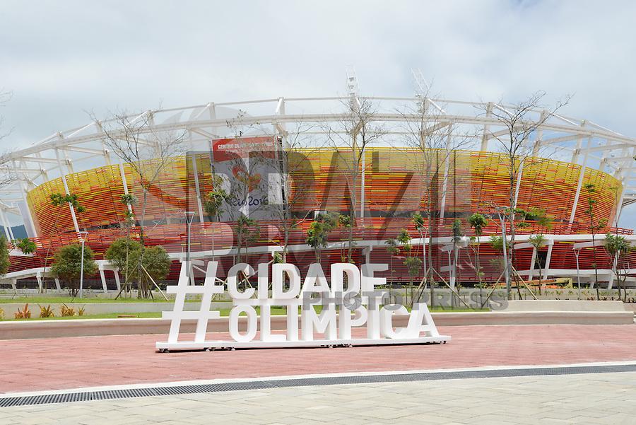 RIO DE JANEIRO, RJ, 11.12.2015 - RIO-2016 - O Centro Olímpico de Tênis está sendo construído para a realização dos Jogos Olímpicos Rio 2016 na Cidade Olímpica, na Barra da Tijuca, zona oeste, nesta sexta-feira (11). (Foto: João Mattos / Brazil Photo Press)