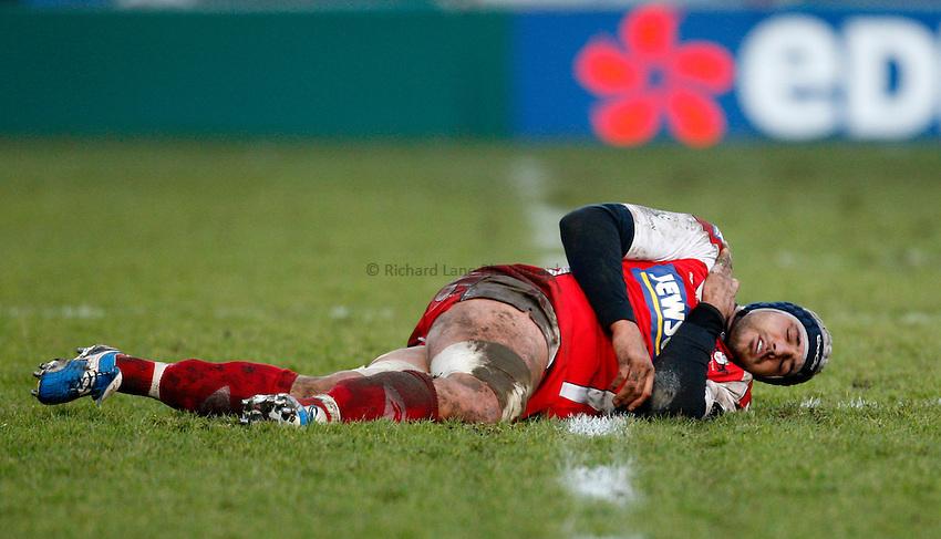 Photo: Richard Lane/Richard Lane Photography. Gloucester Rugby v Cardiff Blues. Heineken Cup. 18/01/2009. Gloucester's Marco Bortolami lies injured.