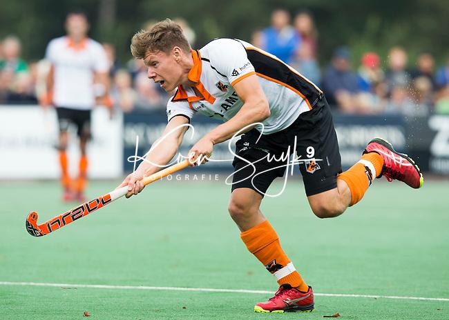 BLOEMENDAAL - Jelle Galema van OZ  tijdens  de wedstrijd tussen de mannen van Bloemendaal en Oranje-Zwart (1-2). Copyright Koen Suyk