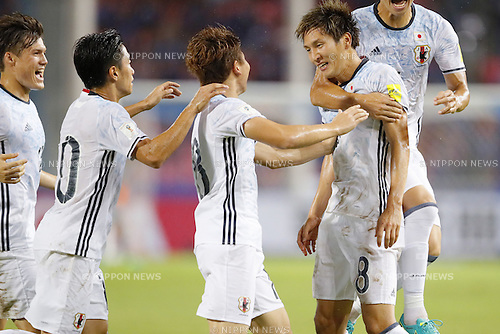 (L-R) Gotoku Sakai. Shinji Kagawa, Takuma Asano, Genki Haraguchi (JPN), SEPTEMBER 6, 2016 - Football / Soccer : Genki Haraguchi of Japan with his team mates celebrates after scoring their 1st goal during the FIFA World Cup Russia 2018 Asian Qualifier Final Round Group B match between Thailand 0-2 Japan at Rajamangala National Stadium, Bangkok, Thailand. (Photo by Yusuke Nakanishi/AFLO SPORT)