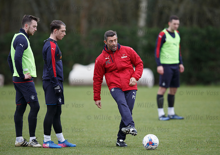 Pedro Caixinha with Danny Wilson and Joe Garner