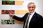 "BRUSSELS - BELGIUM - 24 March 2015 -- BOGK - German Association of the Fruit, Vegetable and Potato Processing Industry - Award ceremony ""Ambassador of Good Taste"". -- MEP Albert DESS, Group of the European People's Party (Christian Democrats - Germany).  -- Photo: Juha ROININEN / EUP-IMAGES"