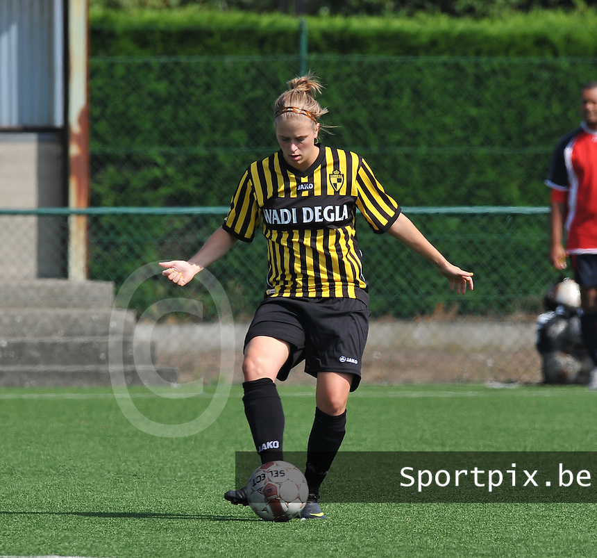 WD Lierse SK : Caroline Berrens.foto DAVID CATRY  / Vrouwenteam.be.