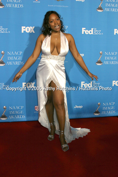 Kellita Smith.37th NAACP Image Awards.Shrine Auditorium.Los Angeles, CA.February 25, 2006.©2006 Kathy Hutchins / Hutchins Photo....                 V