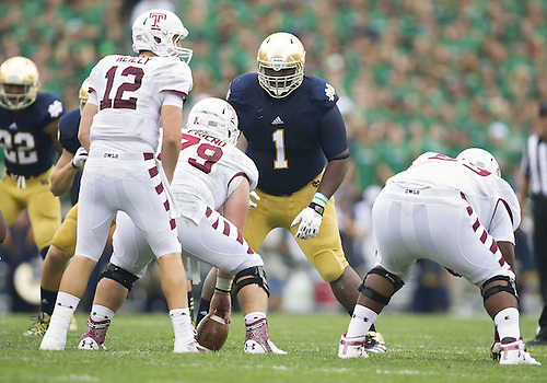 August 31, 2013:  Notre Dame defensive lineman Louis Nix III (1) lines up over center during NCAA Football game action between the Notre Dame Fighting Irish and the Temple Owls at Notre Dame Stadium in South Bend, Indiana.  Notre Dame defeated Temple 28-6.