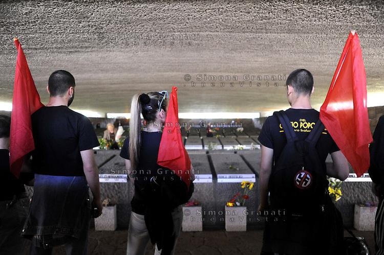 Roma, 22 Marzo 2012.Corteo delle scuole e associazioni del municipio XI in memoria dei Martiri del Nazifascismo e della strage delle Fosse Ardeatine avvenuta il 24 Marzo 1944