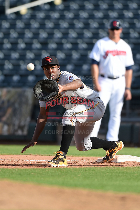 Scottsdale Scorpions infielder Josh Bell (23) during an Arizona Fall League game against the Peoria Javelinas on October 18, 2014 at Surprise Stadium in Surprise, Arizona.  Peoria defeated Scottsdale 4-3.  (Mike Janes/Four Seam Images)