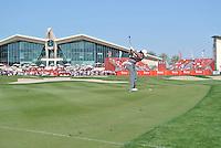 Rory McIlroy (NIR) on the 9th during the final round of the Abu Dhabi HSBC Golf Championship, Abu Dhabi GC,Abu Dhabi,United Arab Emirates.Picture Fran Caffrey www.golffile.ie