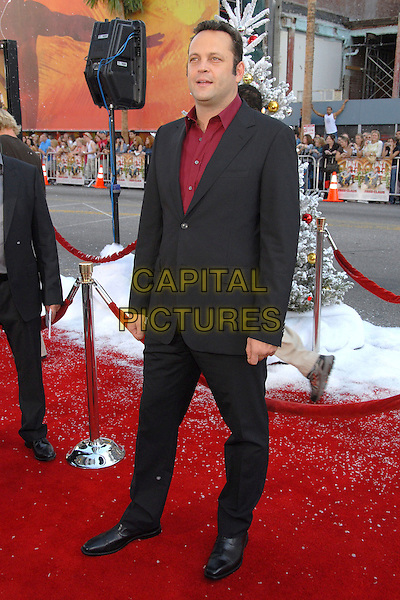 """VINCE VAUGHN.""""Fred Claus"""" Los Angeles Premiere at Grauman's Chinese Theatre, Hollywood, California, USA, 3 November 2007..full length red shirt black suit Vaughan .CAP/ADM/BP.©Byron Purvis/AdMedia/Capital Pictures."""