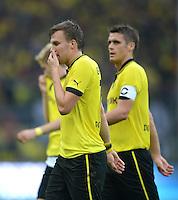 Fussball 1. Bundesliga :  Saison   2012/2013   8. Spieltag  20.10.2012 Borussia Dortmund - FC Schalke 04 Kevin Grosskreutz und Sebastian Kehl (v. li., Borussia Dortmund)