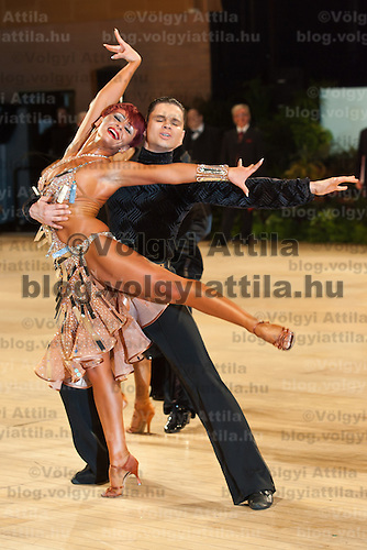 Zoran Plohl and Tatsiana Lahvinovich from Croatia perform their dance during the amateur latin-american competition of the United Kingdom Open Dance Championships held in Bournemouth International Centre in Bournemouth, United Kingdom on January 20, 2010. ATTILA VOLGYI