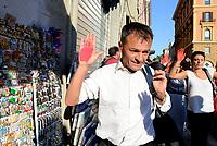 Roma, 23 Luglio 2018<br /> Stefano Fassina.<br /> Decine di persone con le mani tinte di rosso a simboleggiare il sangue dei migranti morti in mare, protestano nei pressi del Viminale contro le politiche sull'immigrazione del Governo e del Ministro Salvini