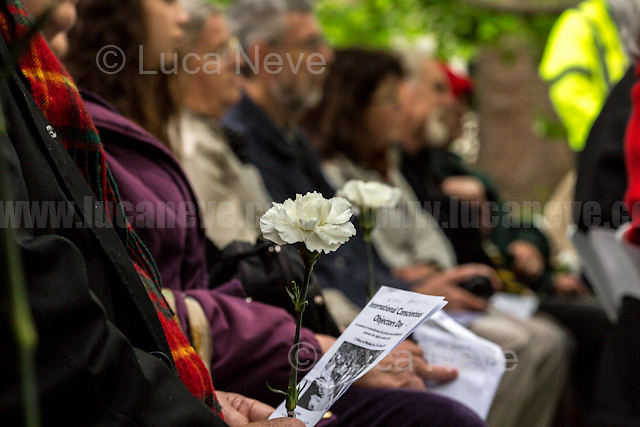 London, 15/05/2017. To mark and commemorate Conscientious Objectors' Day members of the public gathered at the Conscientious Objectors' stone Memorial in Tavistock Square. Every year a Ceremony (speeches, poetry, music and a minute of silence) takes place in London to remember the courage of the Conscientious Objectors, people &quot;who has claimed the right to refuse to perform military service&quot; (Source - Wikipedia.org). The event was organised by: Peace Pledge Union, Pax Christi, Conscience: Taxes for Peace not War, Movement for the Abolition of War and Veterans For Peace UK. From the organisers Facebook event page: &lt;&lt;Guest speakers: Sir Mark Rylance and Nick Jeffrey (Vietnam War draft resister). We gather each year at the Conscientious Objectors&rsquo; stone for the annual ceremony in honour of COs past and present [&hellip;] of all countries and all times [&hellip;]&gt;&gt;.<br /> <br /> For more information please click here: https://www.facebook.com/events/448803792133266/