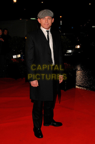 LEE EVANS.Variety Club Showbiz Awards at the Park Lane Hilton, London, England. .November 18th 2007.full length black coat grey gray tweed flat cap hat.CAP/CAN.©Can Nguyen/Capital Pictures