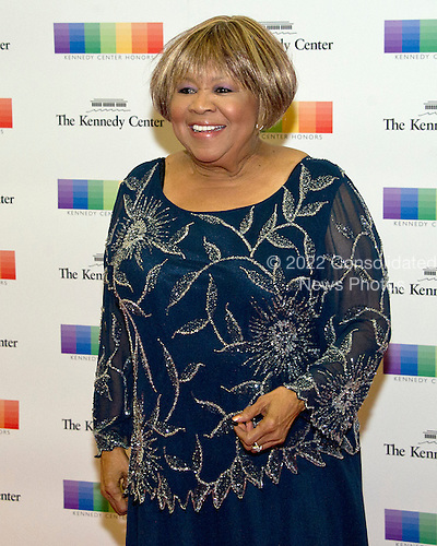 Blues singer Mavis Staples arrives for the formal Artist's Dinner honoring the recipients of the 39th Annual Kennedy Center Honors hosted by United States Secretary of State John F. Kerry at the U.S. Department of State in Washington, D.C. on Saturday, December 3, 2016. The 2016 honorees are: Argentine pianist Martha Argerich; rock band the Eagles; screen and stage actor Al Pacino; gospel and blues singer Mavis Staples; and musician James Taylor.<br /> Credit: Ron Sachs / Pool via CNP