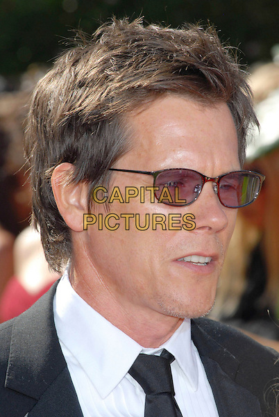 KEVIN BACON.58th Annual Primetime Emmy Awards held at the Shrine Auditorium, Los Angeles, California, USA..August 27th, 2006.Ref: ADM/CH.headshot portrait sunglasses shades.www.capitalpictures.com.sales@capitalpictures.com.©Charles Harris/AdMedia/Capital Pictures.