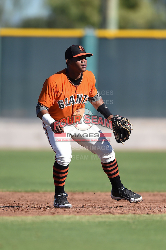 San Francisco Giants infielder Miguel Gomez (1) during an Instructional League game against the SK Wyverns on October 14, 2014 at Giants Baseball Complex in Scottsdale, Arizona.  (Mike Janes/Four Seam Images)