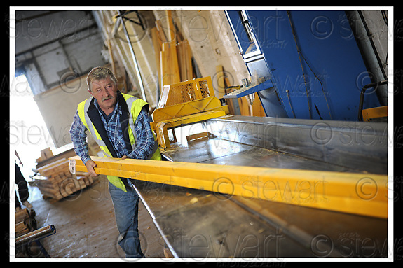 23/10/2008  Copyright Pic: James Stewart.File Name : 87_goodwood_homes.GOODWOOD TIMBER HOMES.THE PRODUCTION WORKSHOPS.James Stewart Photo Agency 19 Carronlea Drive, Falkirk. FK2 8DN      Vat Reg No. 607 6932 25.Studio      : +44 (0)1324 611191 .Mobile      : +44 (0)7721 416997.E-mail  :  jim@jspa.co.uk.If you require further information then contact Jim Stewart on any of the numbers above........