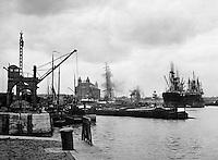 Lefebvredok (nu Amerikadok) in de haven van Antwerpen.