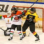 06.01.2020, BLZ Arena, Füssen / Fuessen, GER, IIHF Ice Hockey U18 Women's World Championship DIV I Group A, <br /> Deutschland (GER) vs Ungarn (HUN), <br /> im Bild voller Koerpereinsatz vor dem ungarischen Tor, Dorottya Gengeliczky (HUN, #14), Alina Leveringhaus (GER, #24)<br /> <br /> Foto © nordphoto / Hafner