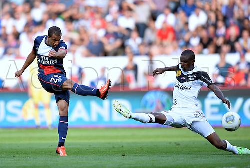 31.08.2013. Paris, France. French League football. Paris St Germain versus Guingamp Aug 31st.  Lucas (psg) - Mustapha Diallo (gui)
