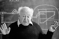 #77221  Walter Segal, architect, at the Architectural Association School of Architecture, London.  1975.