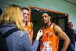 S&ouml;dert&auml;lje 2014-01-03 Basket Basketligan S&ouml;dert&auml;lje Kings - Bor&aring;s Basket :  <br /> Bor&aring;s James &quot;JJ&quot; Miller  intervjuas efter matchen av Expressen reporter<br /> (Foto: Kenta J&ouml;nsson) Nyckelord: portr&auml;tt portrait intervju