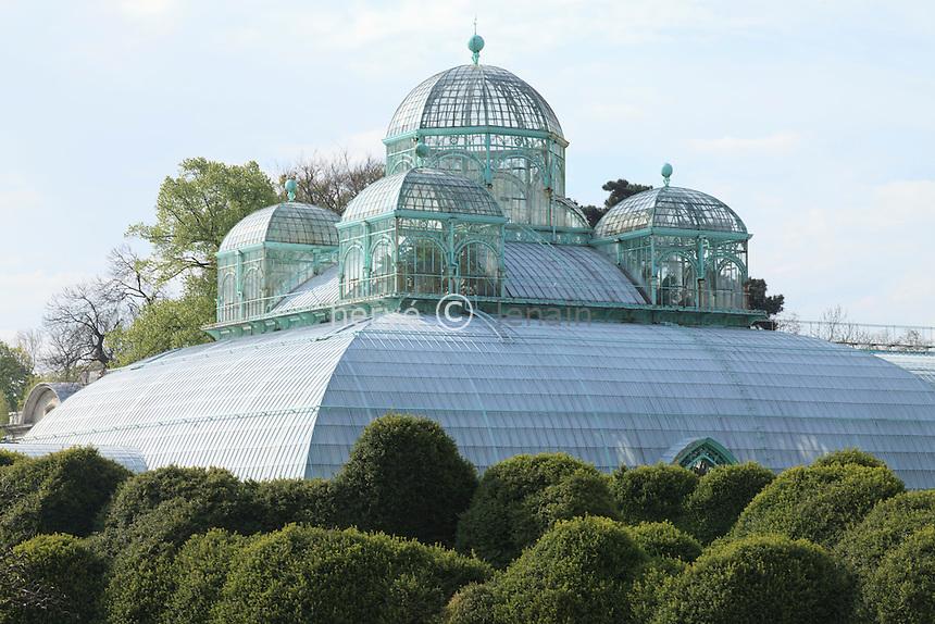 Belgique, Bruxelles, Laeken, le domaine royale du château de Laeken, les serres de Laeken durant la période d'ouverture au public au printemps, la serre du Congo.