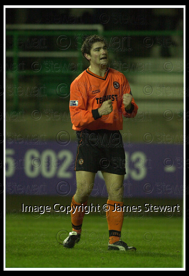 02/01/2002                 Copyright Pic : James Stewart .Ref :     .File Name : stewart-hibs v dundee utd 13.JAMES PATERSON CELEBRATES SCORING UNITED'S GOAL...James Stewart Photo Agency, Stewart House, Stewart Road, Falkirk. FK2 7AS      Vat Reg No. 607 6932 25.Office     : +44 (0)1324 630007     .Mobile  : + 44 (0)7721 416997.Fax         :  +44 (0)1324 630007.E-mail  :  jim@jspa.co.uk.If you require further information then contact Jim Stewart on any of the numbers above.........
