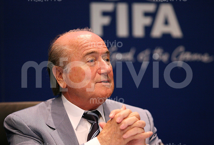 Fussball International FIFA Roundtable FIFA-Praesident Joseph S. BLATTER