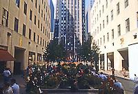 New York City: Rockefeller Center--Promenade.