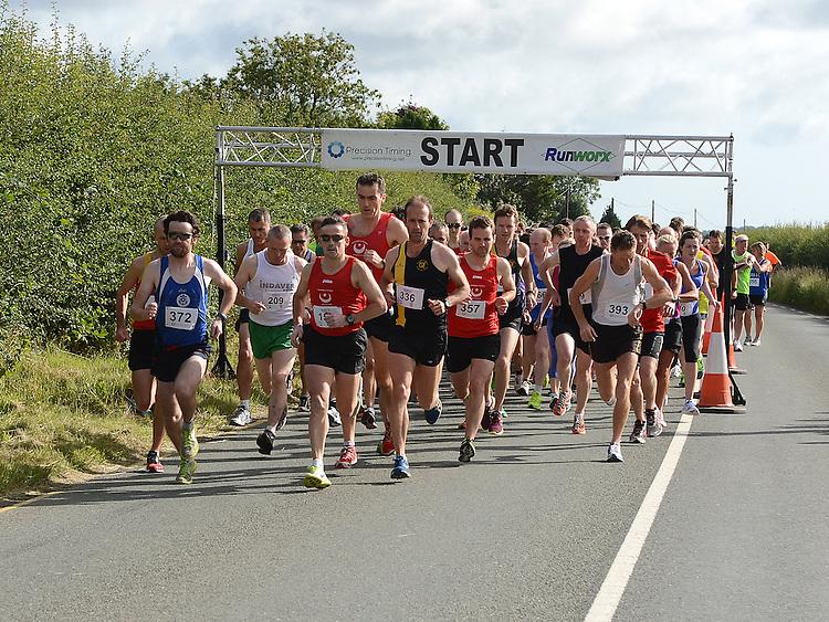 The start of the Duleek 10K run. Photo:Colin Bell/pressphotos.ie