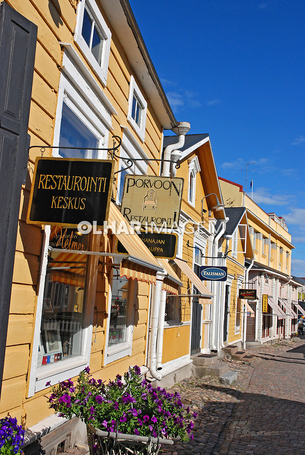 Rua comercial em Porvoo. Finlândia. 2007. Foto de Vinicius Romanini.