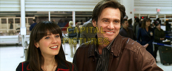 ZOOEY DESCHANEL & JIM CARREY .in Yes Man.*Filmstill - Editorial Use Only*.CAP/FB.Supplied by Capital Pictures.