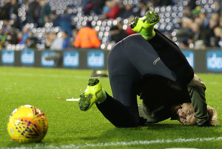 Leeds United's Samu Saiz during the pre-match warm-up <br /> <br /> Photographer David Shipman/CameraSport<br /> <br /> The EFL Sky Bet Championship - West Bromwich Albion v Leeds United - Saturday 10th November 2018 - The Hawthorns - West Bromwich<br /> <br /> World Copyright © 2018 CameraSport. All rights reserved. 43 Linden Ave. Countesthorpe. Leicester. England. LE8 5PG - Tel: +44 (0) 116 277 4147 - admin@camerasport.com - www.camerasport.com