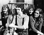 Wings 1972 Denny Seiwell, Linda McCartney, Paul McCartney, Denny Laine, Henry McCullough<br />