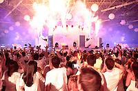 SÃO PAULO, SP - 15.06.2013: SKOLSENSATION - Na noite desse sábado (15) acontece no Anhembi em São Paulo o SKOL SENSATION 2013. O Evento reune milhares de participantes e conta com os melhores Dj do Momento. (Foto: Marcelo Brammer/Brazil Photo Press)