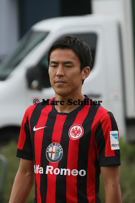 Makoto Hasebe (Eintracht Frankfurt) kommt zum Fototermin