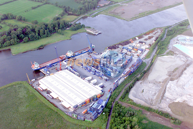 Ariel view of Tom Roes Point terminal..Photo Fran Caffrey/Newsfile.ie..This picture has been sent to you by:.Newsfile Ltd,.3 The View,.Millmount Abbey,.Drogheda,.Co Meath..Ireland..Tel: +353-41-9871240.Fax: +353-41-9871260.GSM: +353-86-2500958.ISDN: +353-41-9871010.IP: 193.120.102.198.www.newsfile.ie..email: pictures@newsfile.ie..This picture has been sent by Fran Caffrey.francaffrey@newsfile.ie