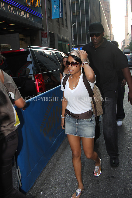 WWW.ACEPIXS.COM . . . . .  ....September 4, 2008. New York City.....Singer Keisha Cole arrives at a Fashion Rocks rehearsal at Radio City Music Hall on September 4, 2008 in New York City.......Please byline: Stan Rose/Nancy Rivera- ACEPIXS.COM.... *** ***..Ace Pictures, Inc:  ..Philip Vaughan (646) 769 0430..e-mail: info@acepixs.com..web: http://www.acepixs.com