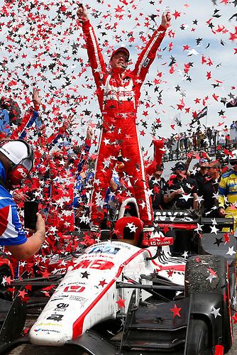 2017 Verizon IndyCar Series - Firestone Grand Prix of St. Petersburg<br /> St. Petersburg, FL USA<br /> Sunday 12 March 2017<br /> Sebastien Bourdais celebrates his victory <br /> World Copyright: Phillip Abbott//LAT Images
