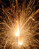 SPARKLERS - SLOW BURNING FIREWORKS<br />