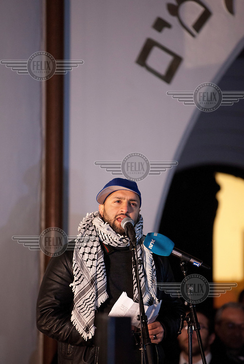 "Speaker and organizer Ali Chishti (30). A group of muslim youth organized a ""peace ring"" by the Jewish synagoge in Oslo in response to recent terror attacks in Pris and Copenhagen. More than 1,000 Muslims and others formed a human shield around Oslo's synagogue on Saturday, offering symbolic protection for the city's Jewish community and condemning an attack on a synagogue in neighboring Denmark last weekend."